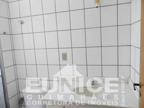 Apartamento com 2 dormitórios para alugar no Vila Estádio em Araçatuba/SP